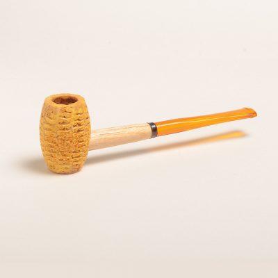 Huck Finn Corn Cob Pipe w/ Straight Amber Bit