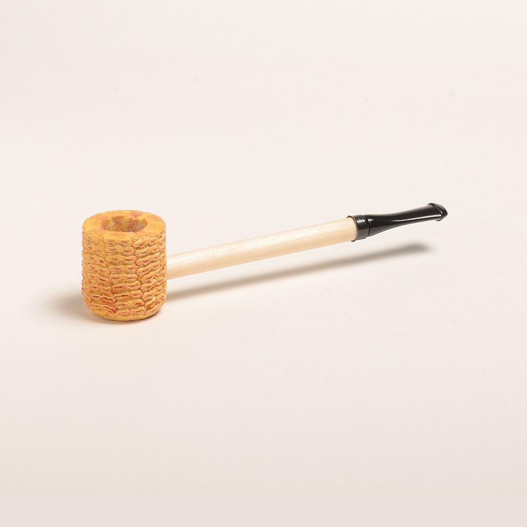 Short Stop Corn Cob Pipe w/ Black Bit