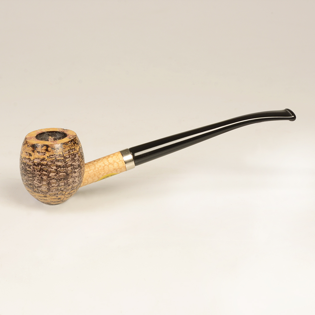 The Shire Corn Cob Pipe by Missouri Meerschaum