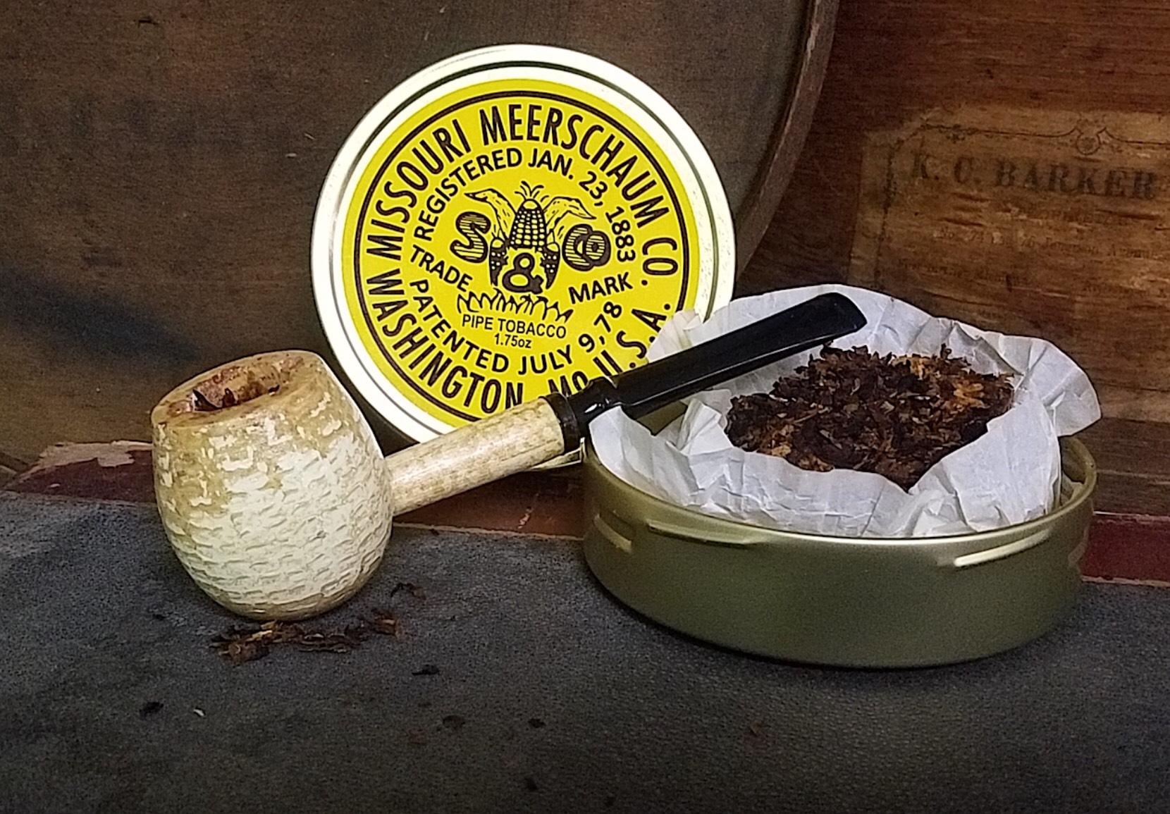 Missouri Meerschaum 150th Anniversary Crumble Cake-550089