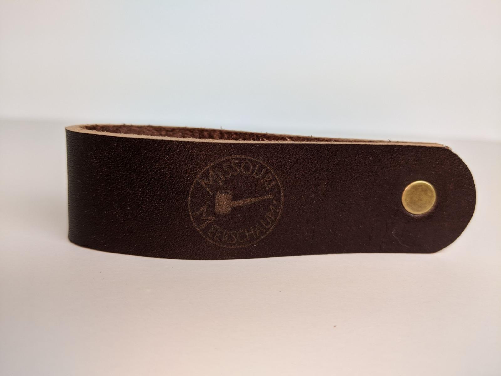 Missouri Meerschaum Leather Pipe Stands-550175